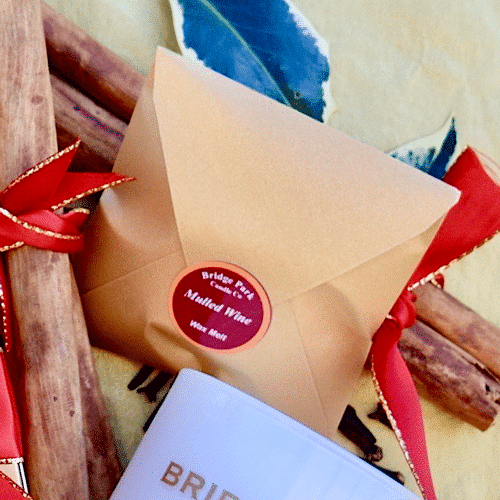 Mulled Wine Soy Wax melt in a gold envelope